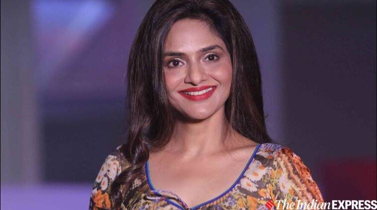 Madhoo to team up with Arvind Swami for Jayalalithaa biopic