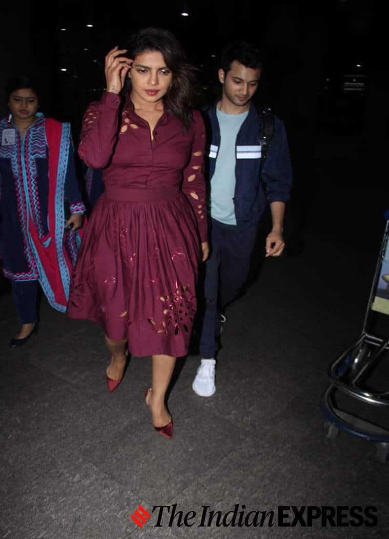 Priyanka Chopra Jonas, airport look, airport looks, Indian Express, Indian Express news