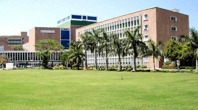 AIIMS planning to conduct clinical trial of plasma therapy