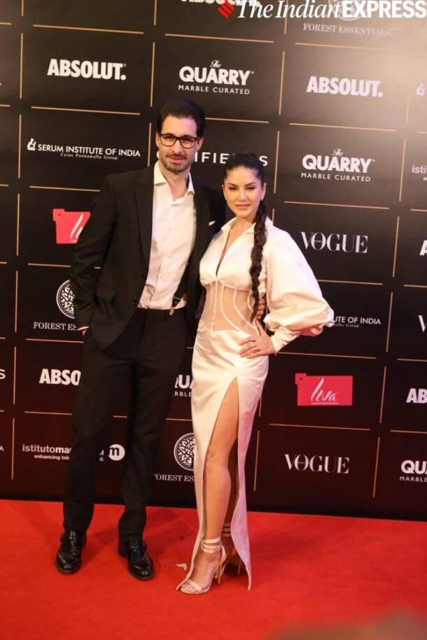 sunny leone at vogue women of the year awards 2019