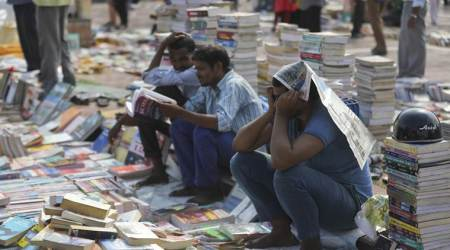delhi mahila haat, Darya Ganj Sunday book bazaar, darya ganj book market closed, delhi news