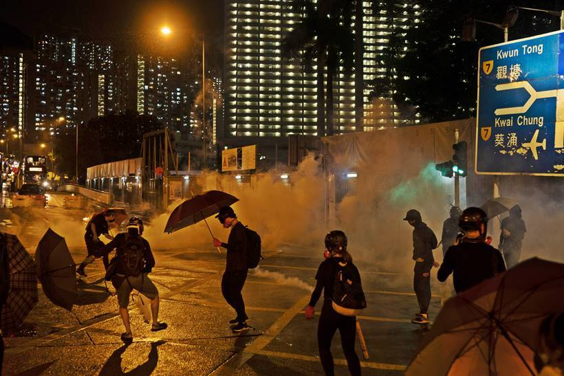 hong kong protests, hong kong tension, carrie lam, hong kong crisis, hong kong news, hong kong mask ban, world news, indian express