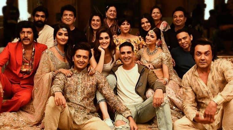 Housefull 4 movie review, Housefull 4 review, Housefull 4, Akshay Kumar, Riteish Deshmukh, Housefull 4 cast, indian express Housefull 4 review