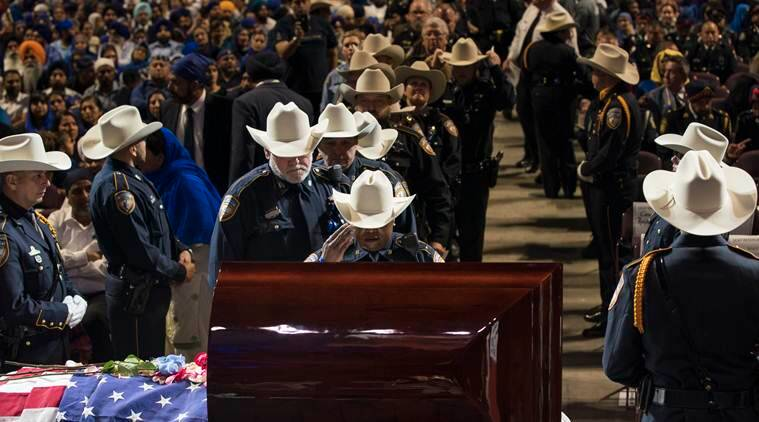 Thousands attend fallen Sikh cop's 'fit for a king' funeral