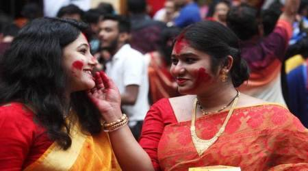 sindoor, sindoor khela, dashami ritual, durga puja, durga puja 2019, Indian Express, Indian Express news