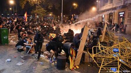 Barcelona protests, spain, ctalan speratists, arrest of pro independence leaders, world news, indian express