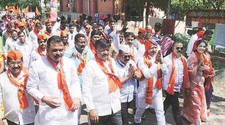 Maharashtra: Backed by erstwhile Nashik unit of Sena, rebel aims for a six