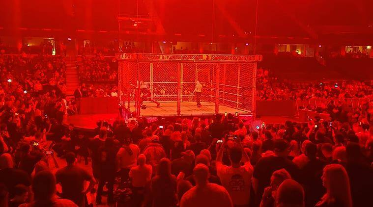 WWE RAW: Seth Rollins vs The Fiend in a Universal Championship match