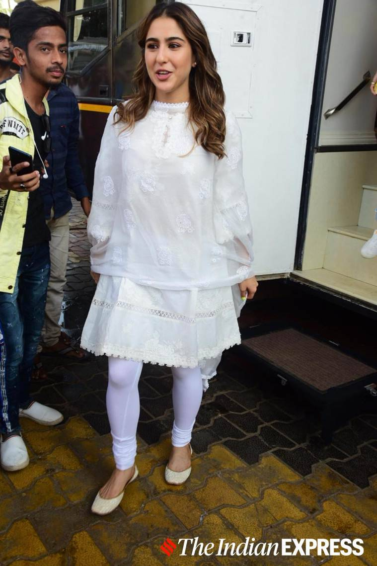 sara ali khan, sara ali khan traditional looks, sara ali khan photos, sara ali khan movies