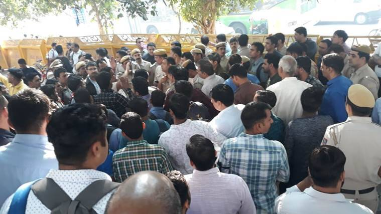 Tis Hazari, Saket court violence: Police gather outside Delhi Police HQ to express grievances
