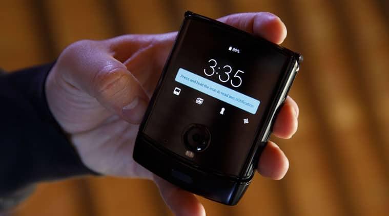 Moto Razr 2019, Motorola Razr 2019, Razr 2019, Razr 2019 launch, Razr 2019 specifications, Razr 2019 features, Razr 2019 price in India