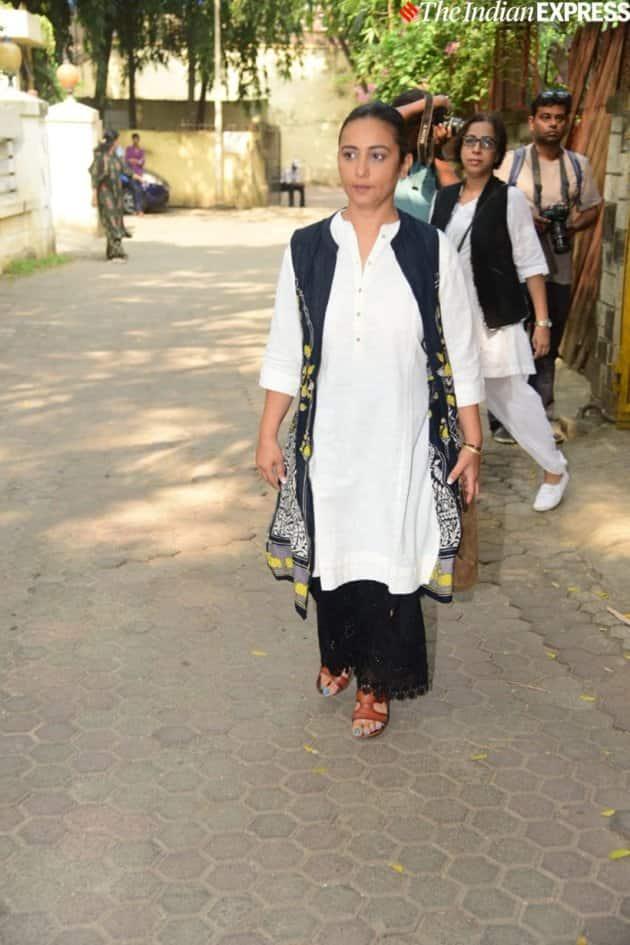 divya dutta at Shaukat Kaifi prayer meet