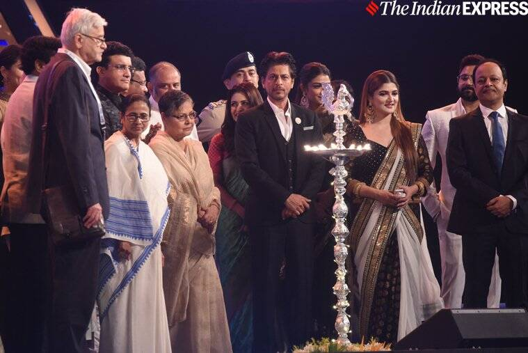 srk at KIFF 2019 opening ceremony