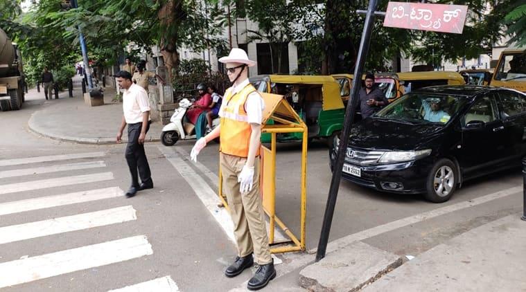 Traffic-police mannequins-759
