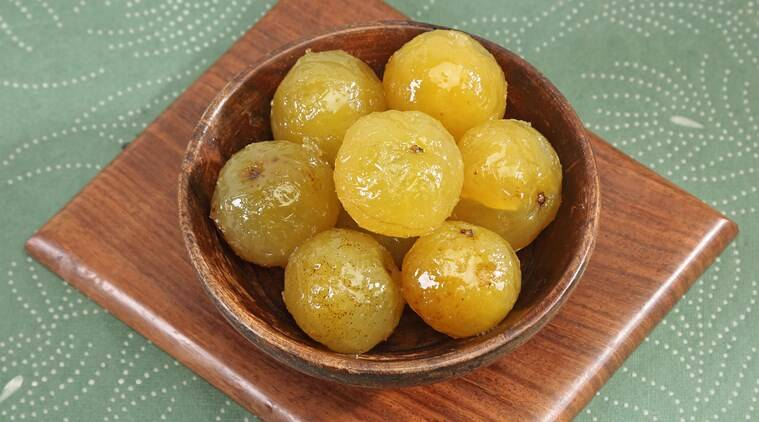health, immunity-boosting foods, nutritional diet, indianexpress.com, indianexpress, amla, honey benefits, amla benefits, turmeric benefits, green tea benefits, spirulina benefits,
