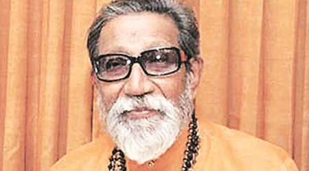 Shiv Sena plans show of strength on Balasaheb's death anniversary today