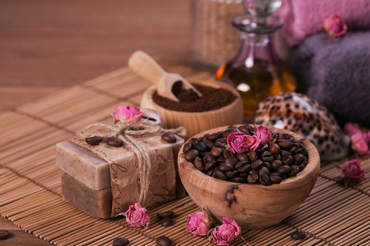 coffee, coffee skincare, coffee in skincare, benefits of coffee, coffee bars, coffee skin benefits