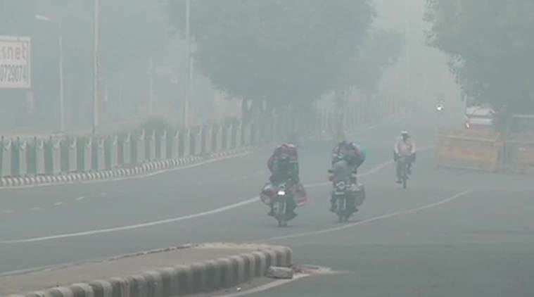 Weather forecast today Live Updates: Delhi AQI remains severe, fresh snow likely in J&K