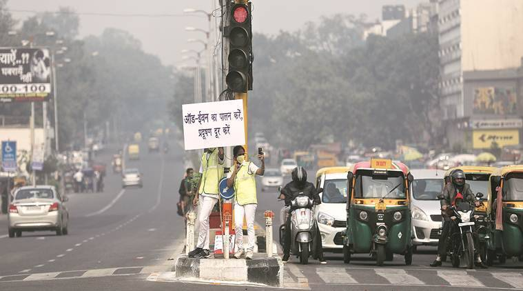 Weather forecast Live Updates: Delhi's air quality 'moderate', high-level pollution meet today