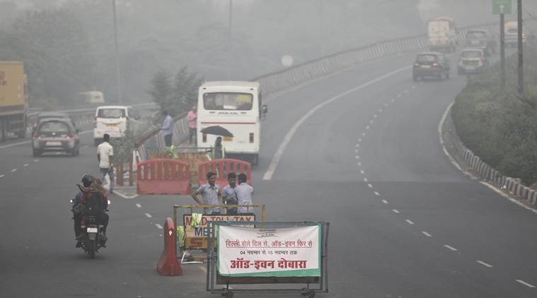 """Delhi's pollution level at 397 remains """"very poor"""", schools in NCR reopen today"""