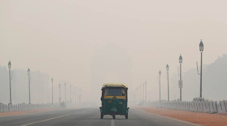 Delhi's air quality nears 'severe' levels again; northwesterly winds, farm fires to blame