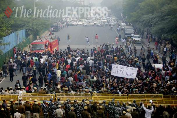 jnu protest, jnu protest images, jnu protest news, jnu protest photos, jnu protest students clash with police images, jnu protest photo gallery, indian express images