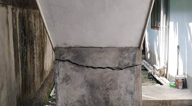 Cracks appear in homes around Maradu apartment listed for demolition, locals gear up for protests