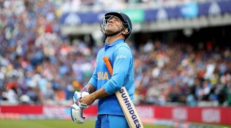 MS Dhoni, MS Dhoni BCCI contract, BCCI drops MS Dhoni from contracts, end of MS Dhoni career
