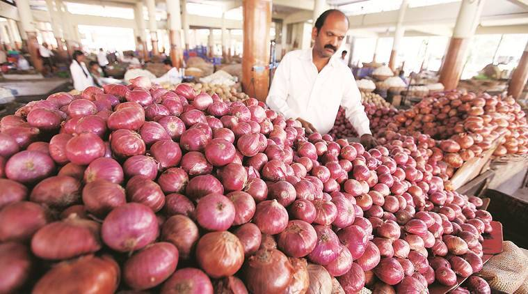 pune city news, onion prices, onion prices in pune, onion Rs 100 kg in pune