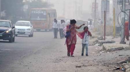 delhi pollution level, delhi pollution level today, delhi aqi, delhi aqi today, delhi aqi today news, delhi ncr aqi today, delhi air pollution level, delhi air pollution level today, pollution level in delhi, pollution level in gurgaon, pollution level in noida, delhi weather today, noida weather, gurgaon weather, delhi air quality index, delhi air quality index today