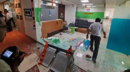 shiv sena activists vandalise pune firm, pune insurance firm vandalised by shiv sena activists, maharashtra farmers crop insurance, maharashtra news, pune news, indian express