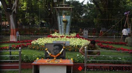uddhav thackeray maharashtra chief minister, uddhav thackeray shiv sena, uddhav thackeray, shivaji park, shivaji park shiv sena, indian express news