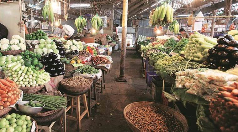 pune news, pune vegetable prices, onion prices, tomato, brinjal, indian express