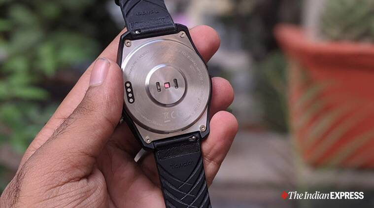 TicWatch Pro review, TicWatch, Mobvoi, TicWatch Pro, TicWatch Pro price, TicWatch Pro review specifications, TicWatch Pro price in India, Should I buy the TicWatch Pro