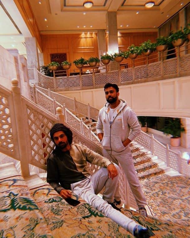 sunil grover with ali abbas zafar