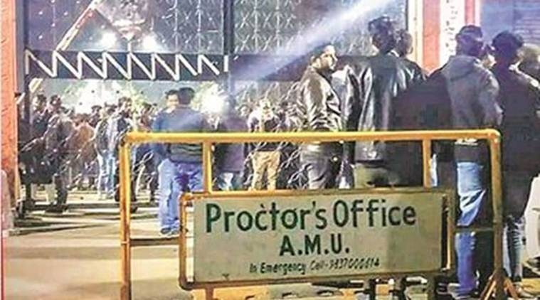 AMU, AMU protest, Aligarh news, Aligarh city news, AMU protest Indian, Jamia Milia protest Delhi, Delhi protest news, Delhi Jamia protest, indian express news