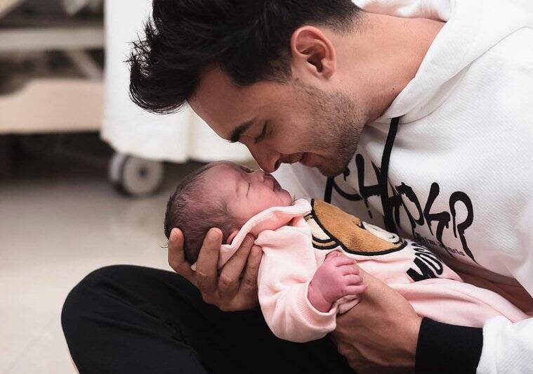 INSTAGRAM DEBUT: Aayush Sharma shares the first pictures of baby Ayat Sharma!