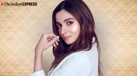 highlighter multiple uses. what is a highlighter,how to use highlighters, makeup, makeup tips and tricks, liestyle, alia bhatt latest photo, indian express, lifestyle
