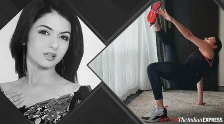 bhagyashree, actor bhagyashree, fitness goals, workoutgoals, benefits of exercise, integrated workout, what is integrated workout, how to do crab toe touch, indianexpress.com, indianexpress, crab toe touches exercise,