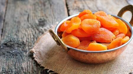 apricot, dried apricot, indianexpress, benefits of dried apricots, calorie apricot, indianexpress.com, Union Minister of Health, fibre-rich diet, blood sugar,