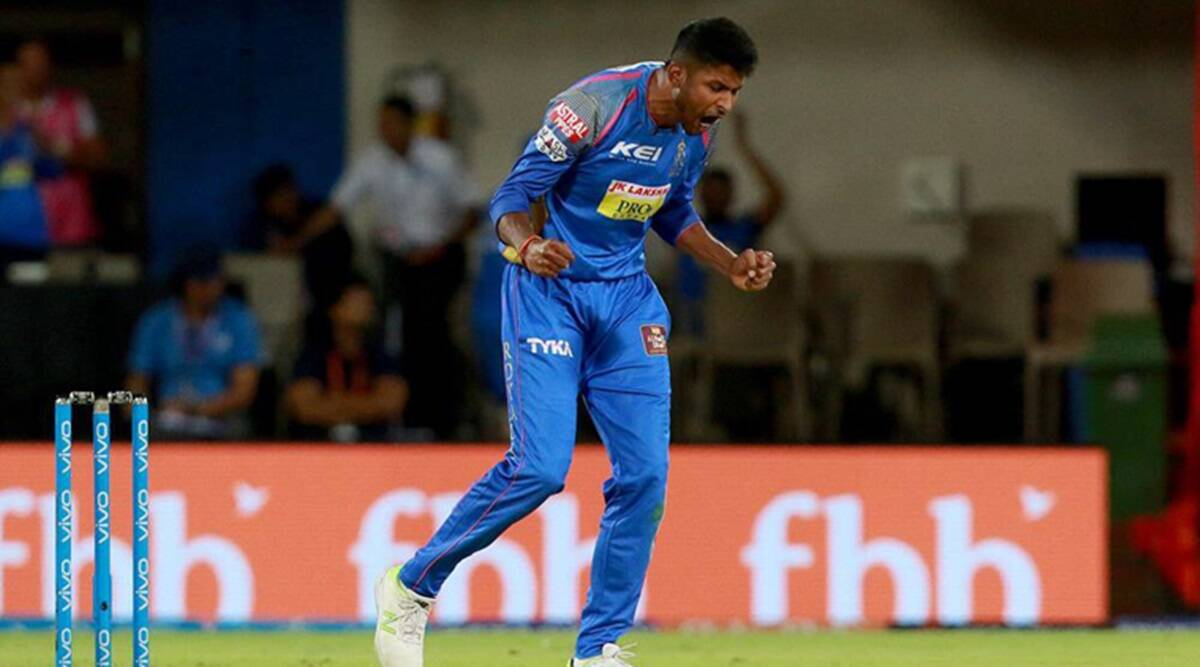 3 in 3: Krishnappa Gowtham takes last wicket in last over of day as  Karnataka beat Tamil Nadu in Ranji thriller | Sports News,The Indian Express