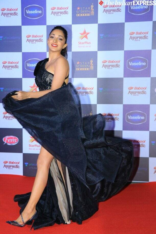 kiara advani at Star Screen Awards 2019