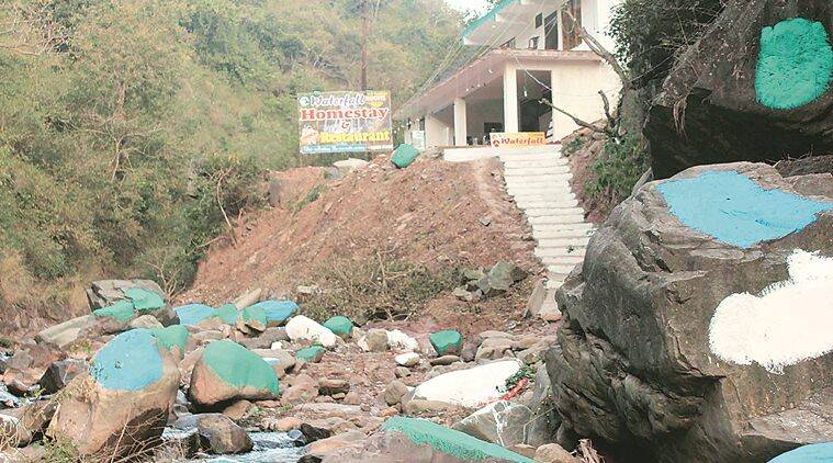 Chakki mod, Chakki mod Solan, Soln Chakki mod, Chakki mod boulders painted, India news, Indian Express