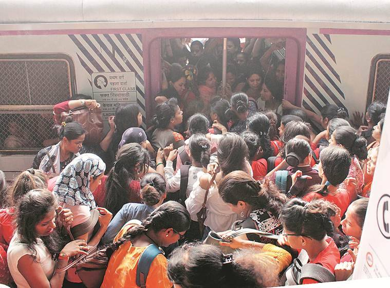 Work on FOB at Thakurli station leads to four-hour block on Central Railway