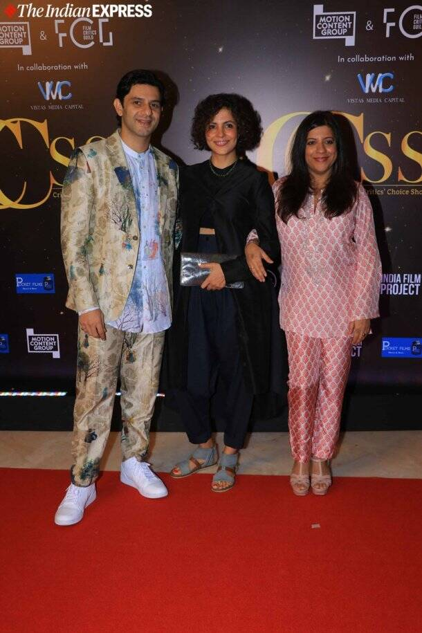 zoya akhtar, arjun mathur at award ceremony