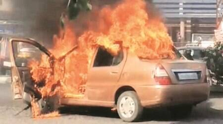 Ludhiana: Car catches fire, family jumps out in nick of time