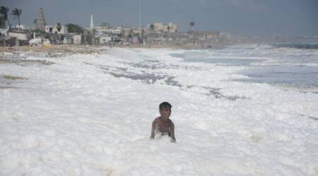 Chennai, Chennai Beach, Chennai rains, Tamil Nadu rains, Froth foam, Marina foam, Marina beach, Foam marina, Indian Express News, Chennai news,