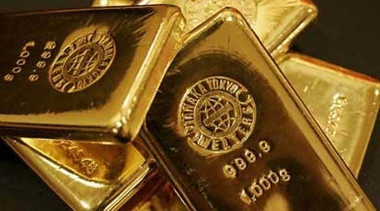 Gold smuggling in Gujarat, gold smuggling at airport, Ahmedabad news, Gujarat news, Indian express news