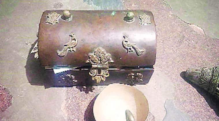 Delhi city news, delhi jewellery theft, delhi gk 1 robbery, delhi gk 1 jewellery robbery, delhi police
