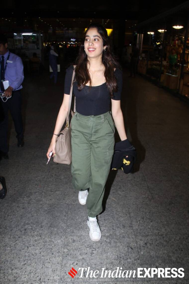 airport looks bollywood, virat kohli latest photos, vidya balan latest photos, deepika padukone latest photos, jhanvi kapoor latest photos, celeb fashion, lifestyle, indian express